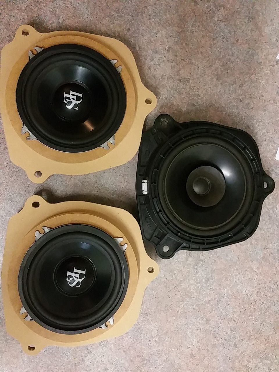 Custom Vehicle Speakers : Custom car audio rings for speakers projects