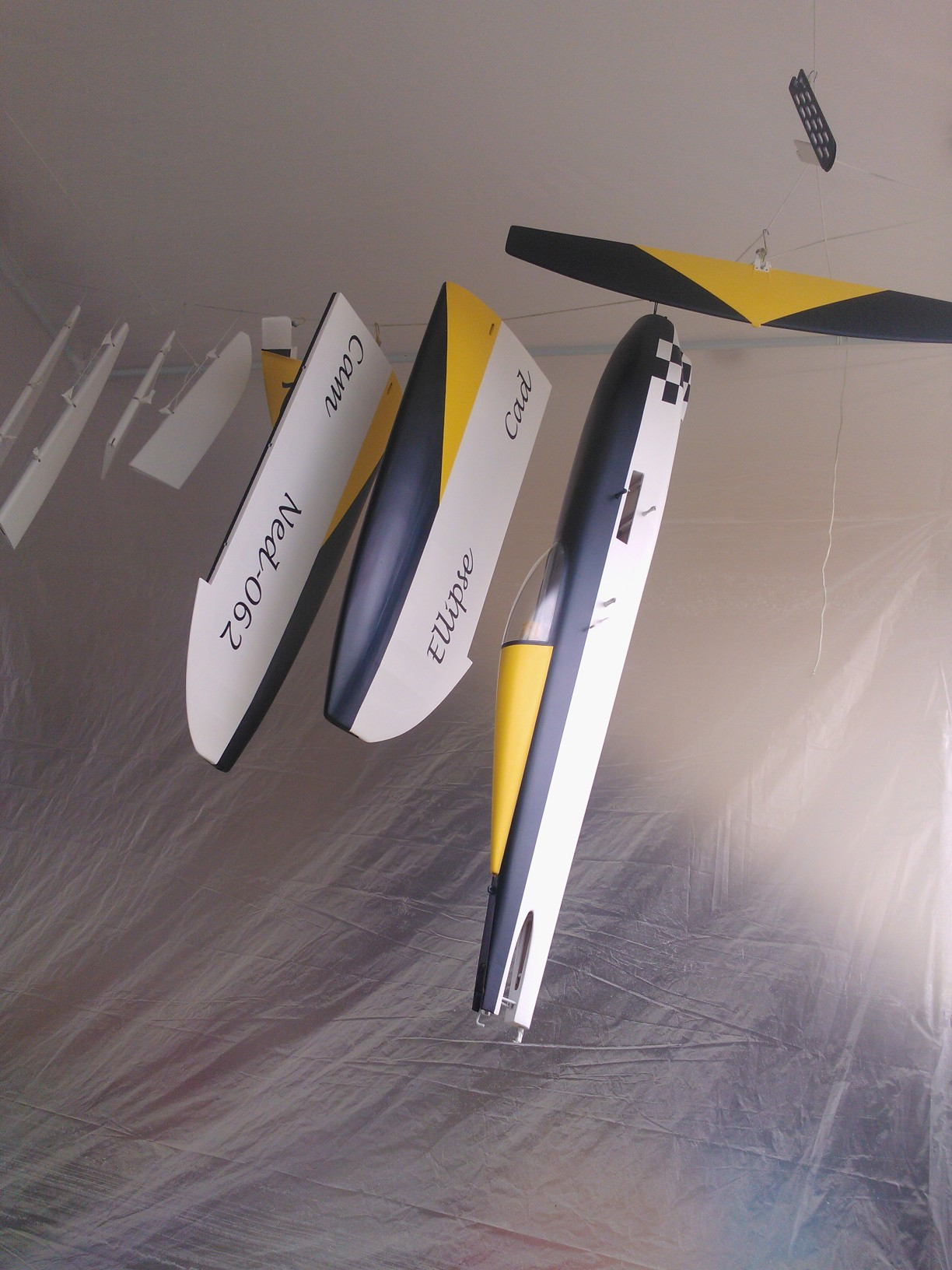 how to build a model airplane